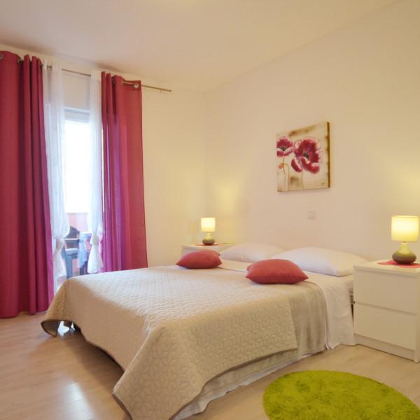 Apartment Agency: Nautilus Travel Agency